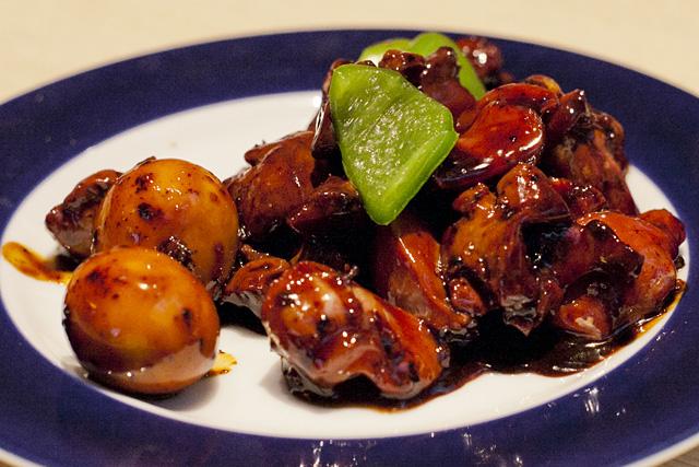 山梨の名産 甲府鳥もつ煮